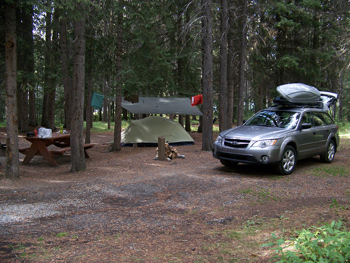 Back at my basecamp (Waterfowl Lakes campground)
