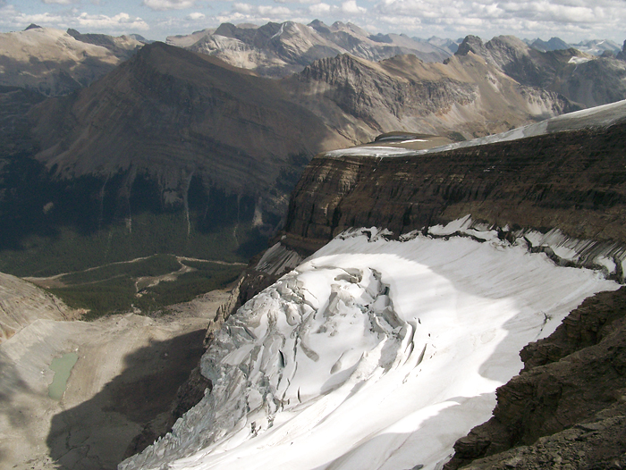 Small glacier clinging to the East side of Observation Peak