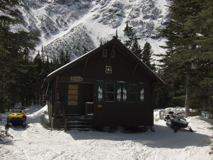 06_ranger_cabin