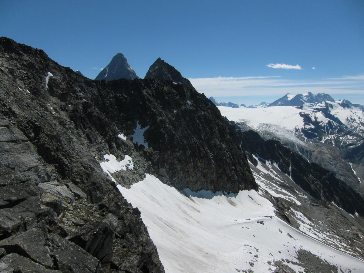 11_descending_ridge