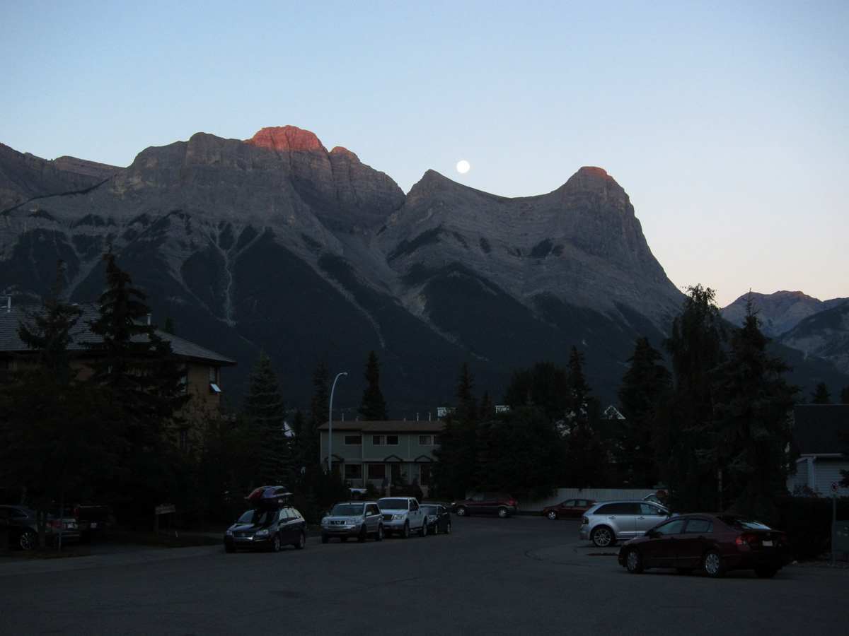 02_canmore